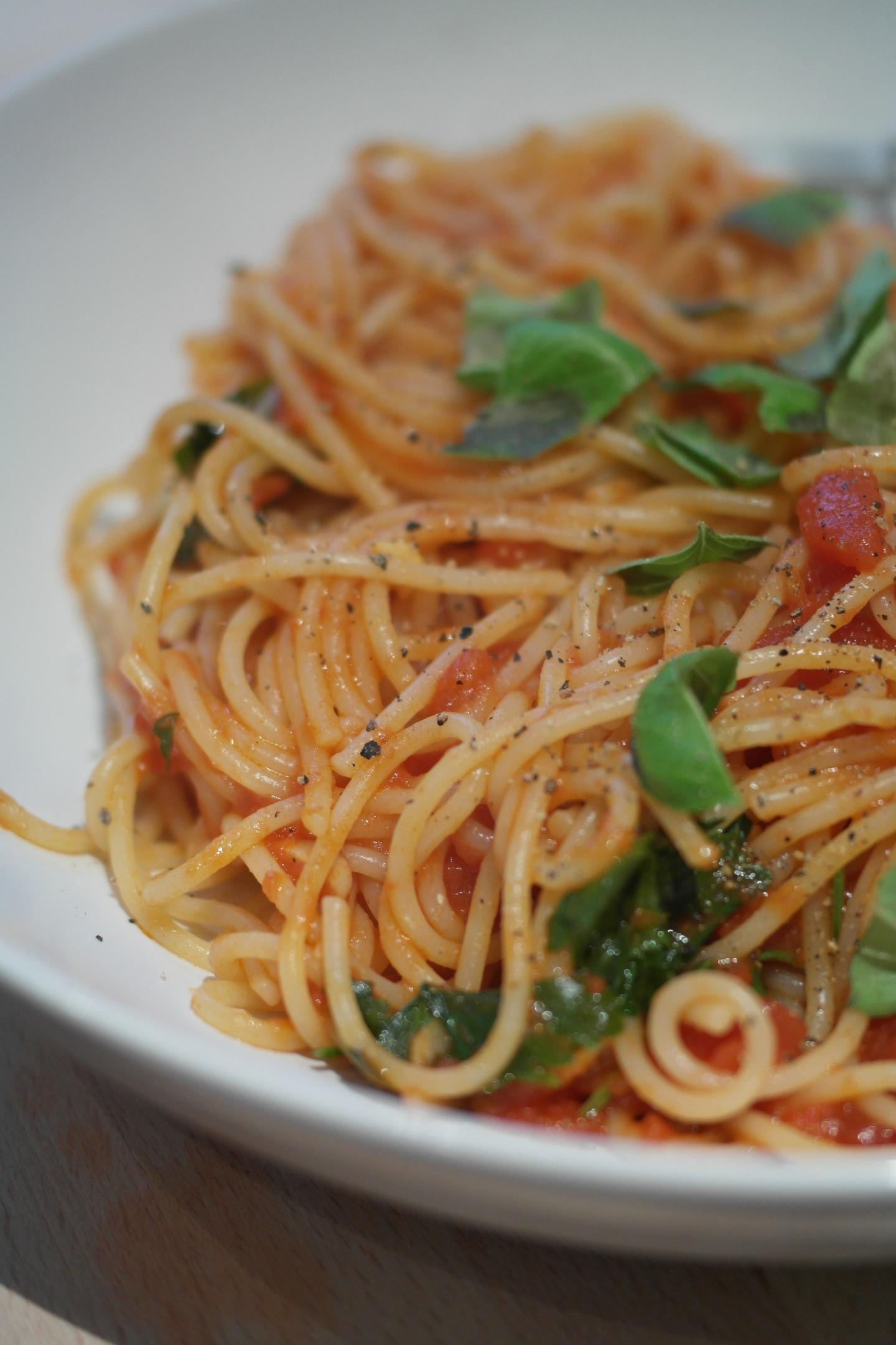 Recipe: Storecupboard pastasauce